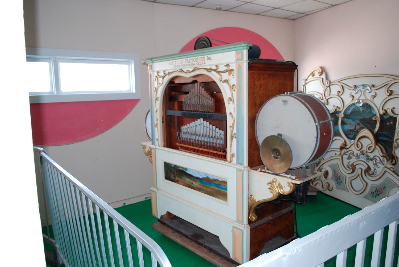 Atlantic Furniture Ri