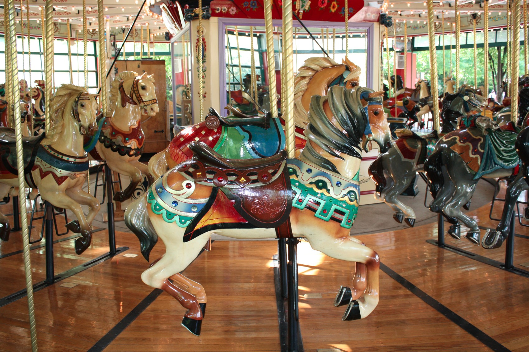 1914-Mangels-Illions-Columbus-Zoo-carousel-horse