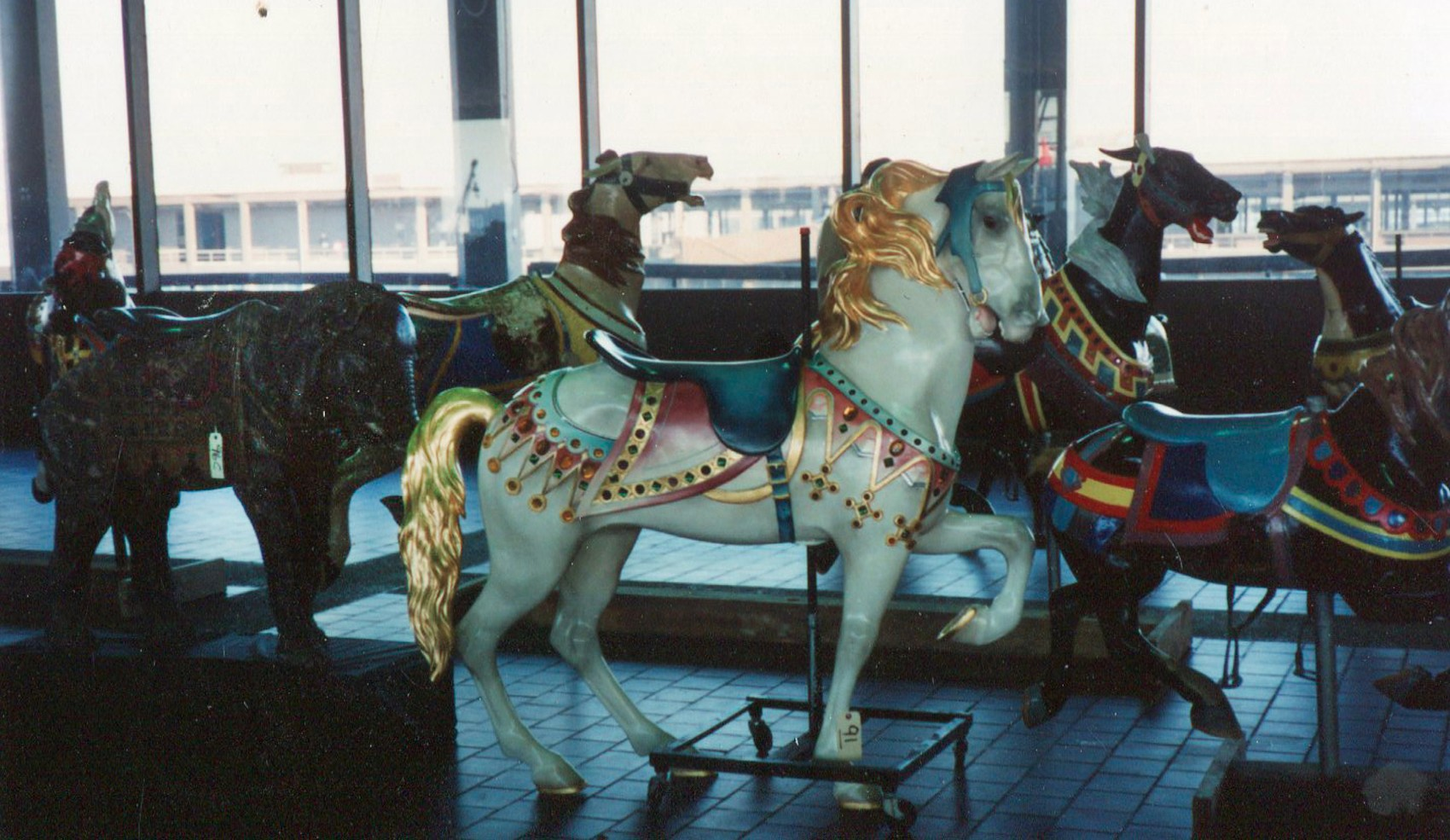 Illions-antique-carousel-horse-Guernsey-auction-89-011