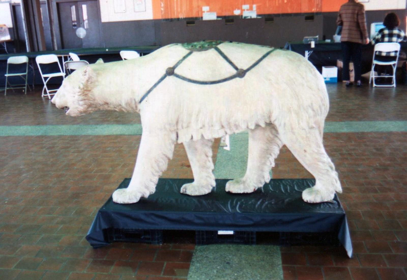 Rare-Allan-Herschell-carousel-polar-bear-Guernseys-1989a