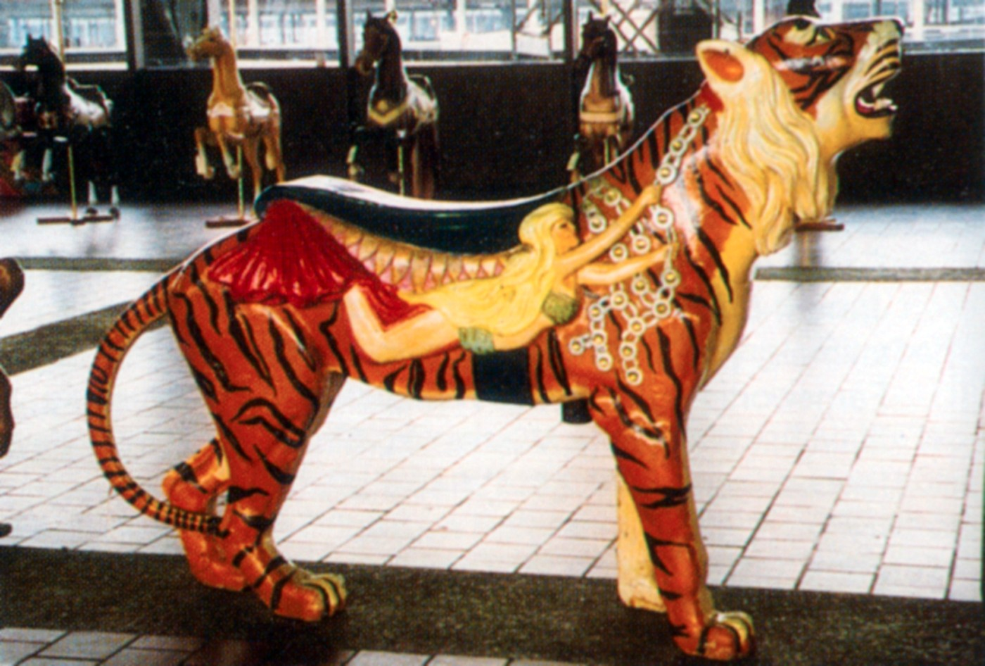 Rocky_Point-RI-antique-carousel-tiger