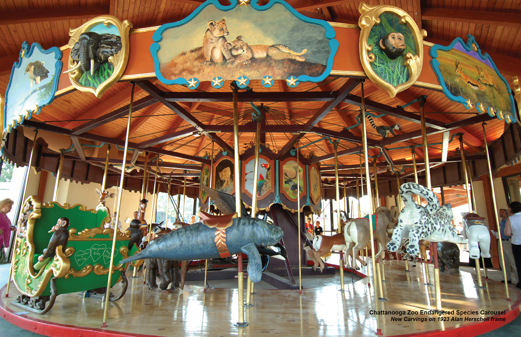 Chattanooga-zoo-carousel-CNT-centerspread-MAR_09