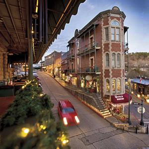 Eurkea-Springs-AR-downtown