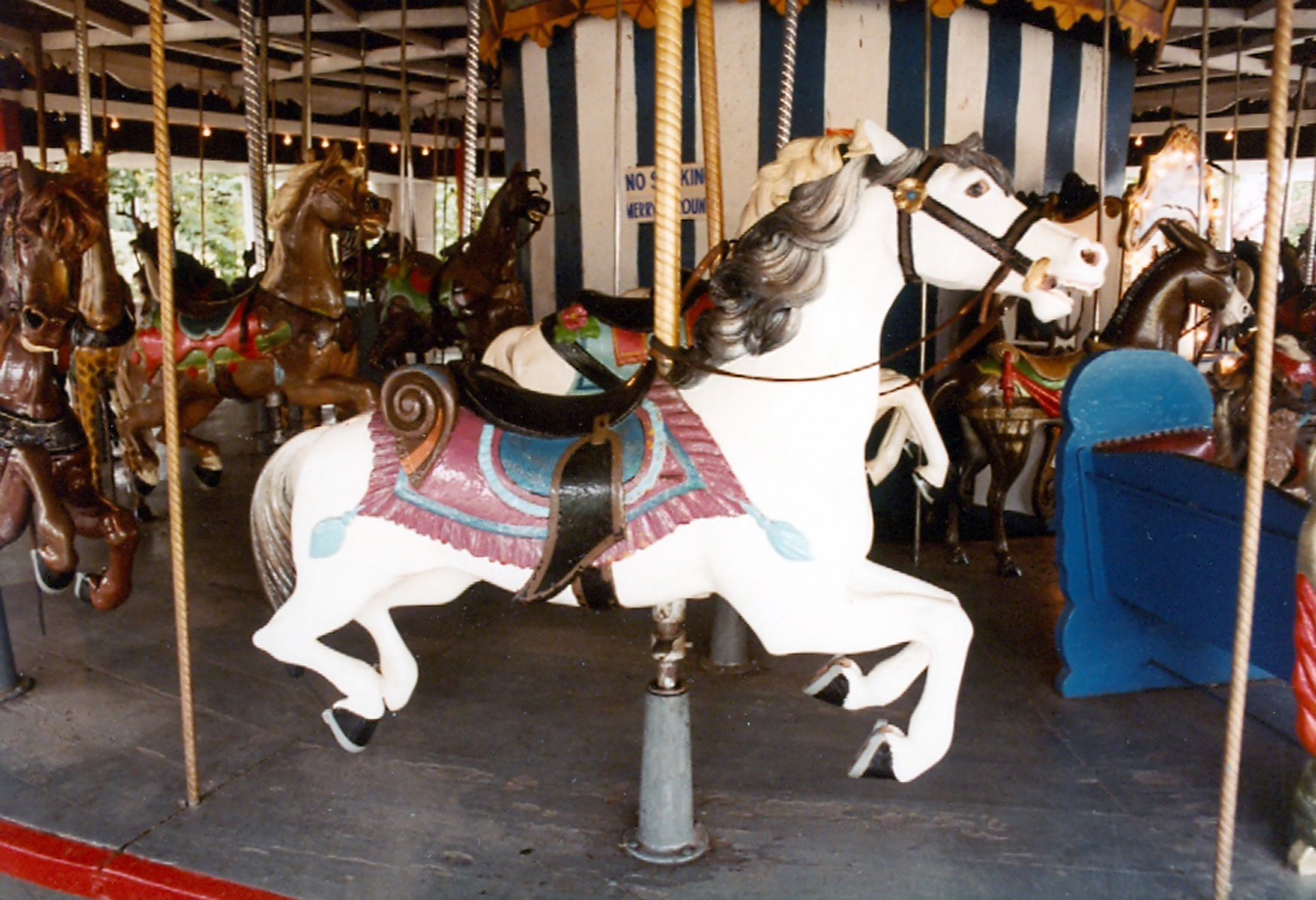 Historic-1902-E-Joy-Morris-Carousel-from-Quassy-Park-CT-Auctioned-1989-054
