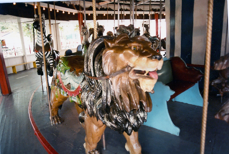 Lake-Quassy-E-Joy-Morris-Carousel-Lion-2