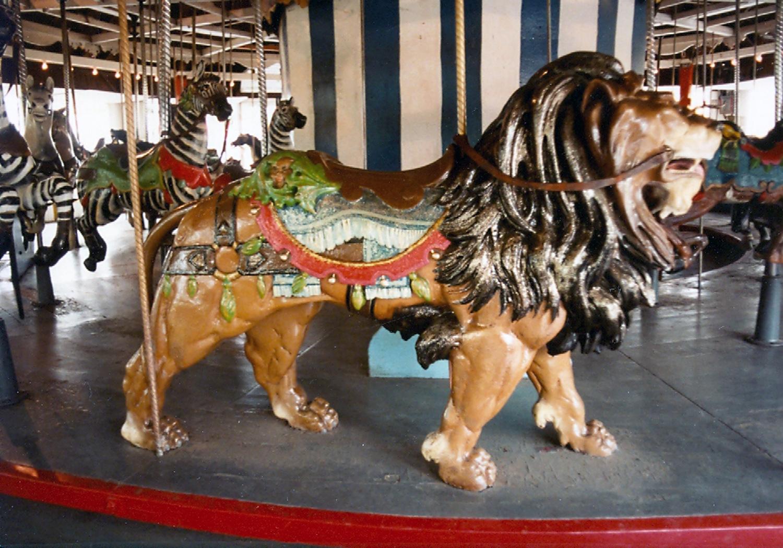 Lake-Quassy-E-Joy-Morris-Carousel-Lion-3