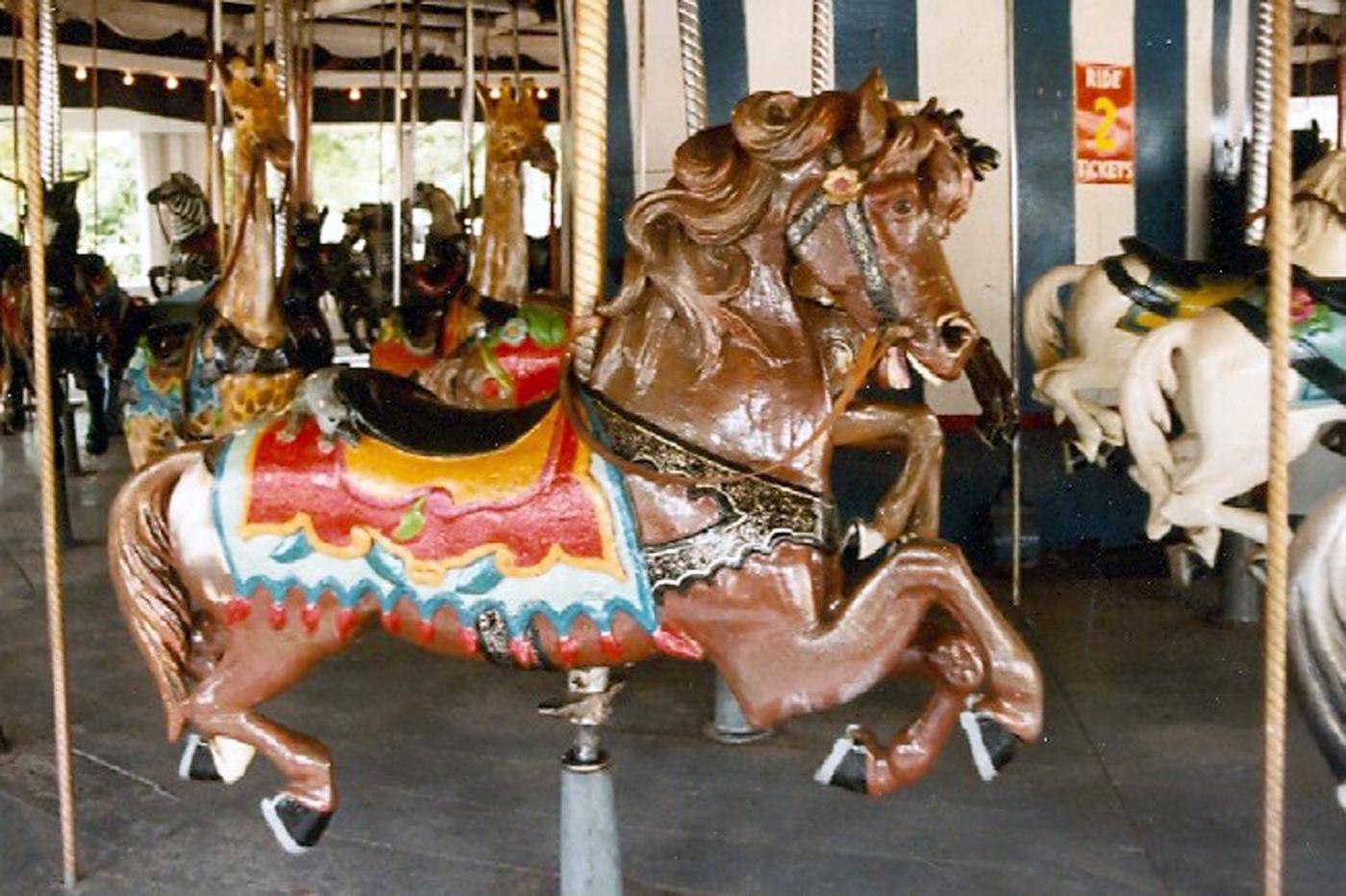 The-Last-E-Joy-Morris-Carousel-at-Quassy-Park-CT-Auctioned-1989-022A