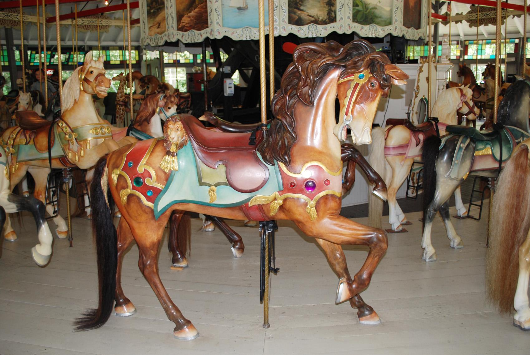1895-Looff-carousel-horse-stander-Slater-Park-RI-77