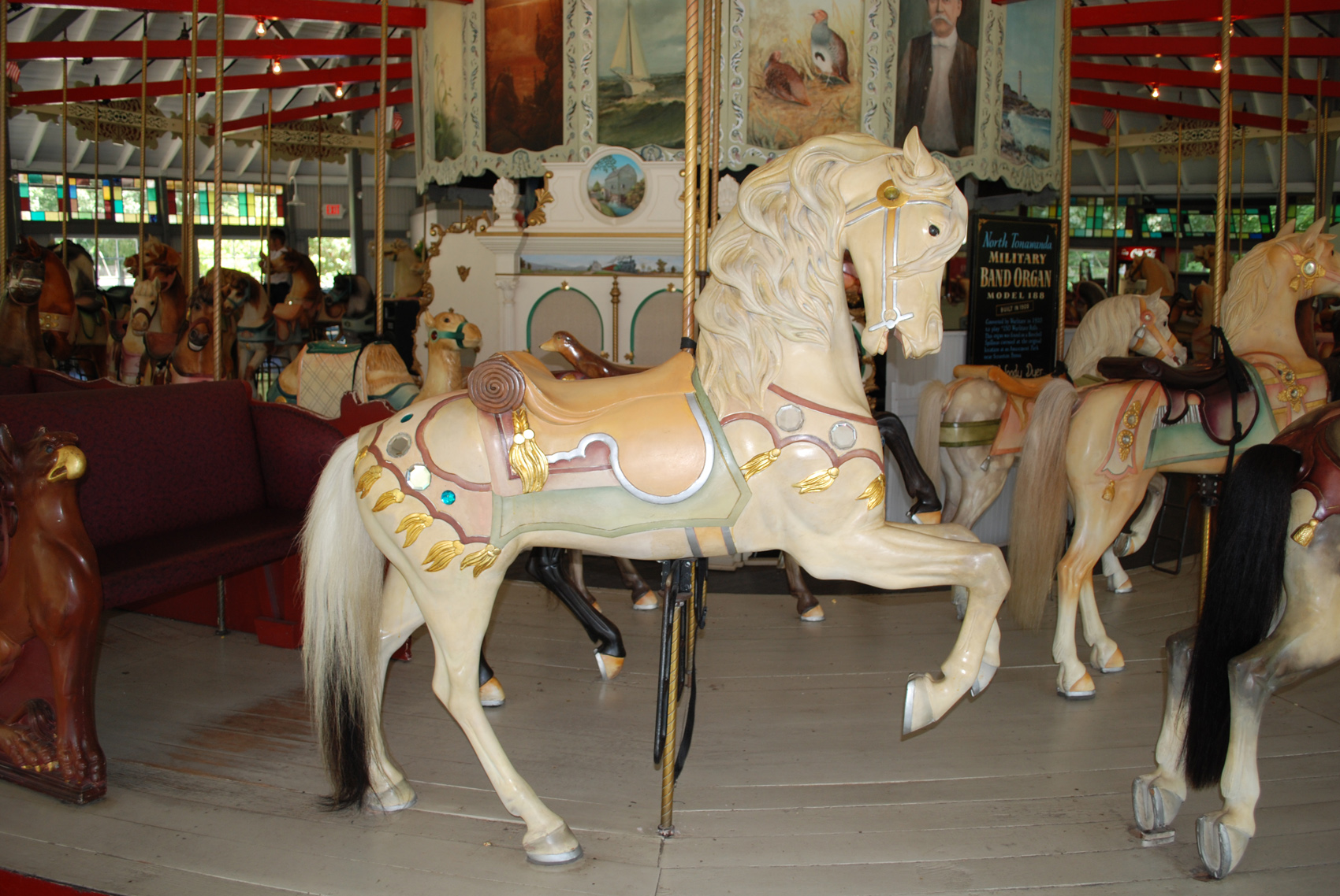 1895-Looff-carousel-horses-Slater-Park-RI-86