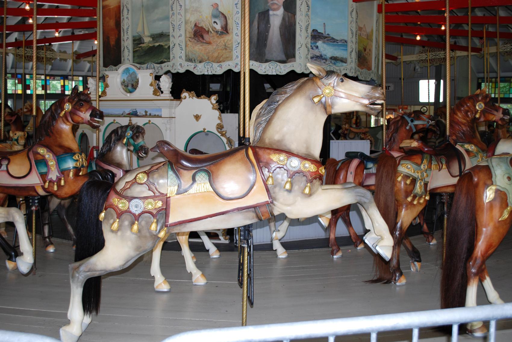 1895-Looff-carousel-horses-Slater-Park-RI-87