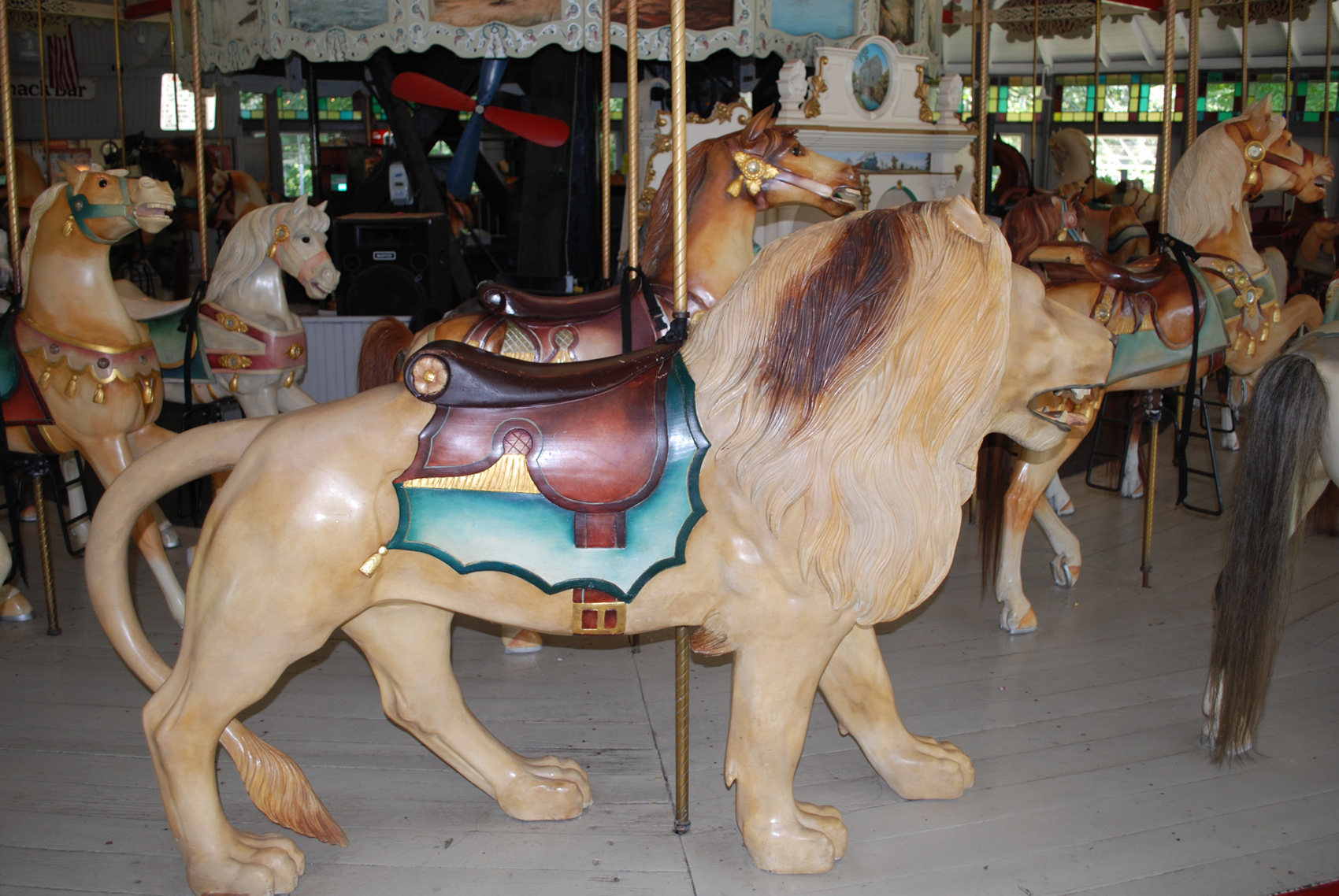 1895-Looff-carousel-lion-Slater-Park-RI-0