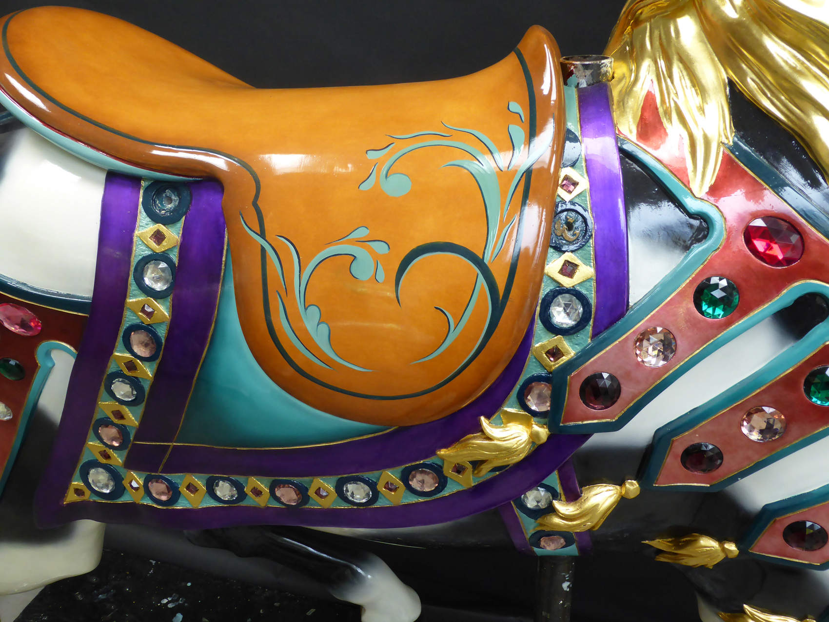 1927-Illions-supreme-carousel-horse-restored-trappings