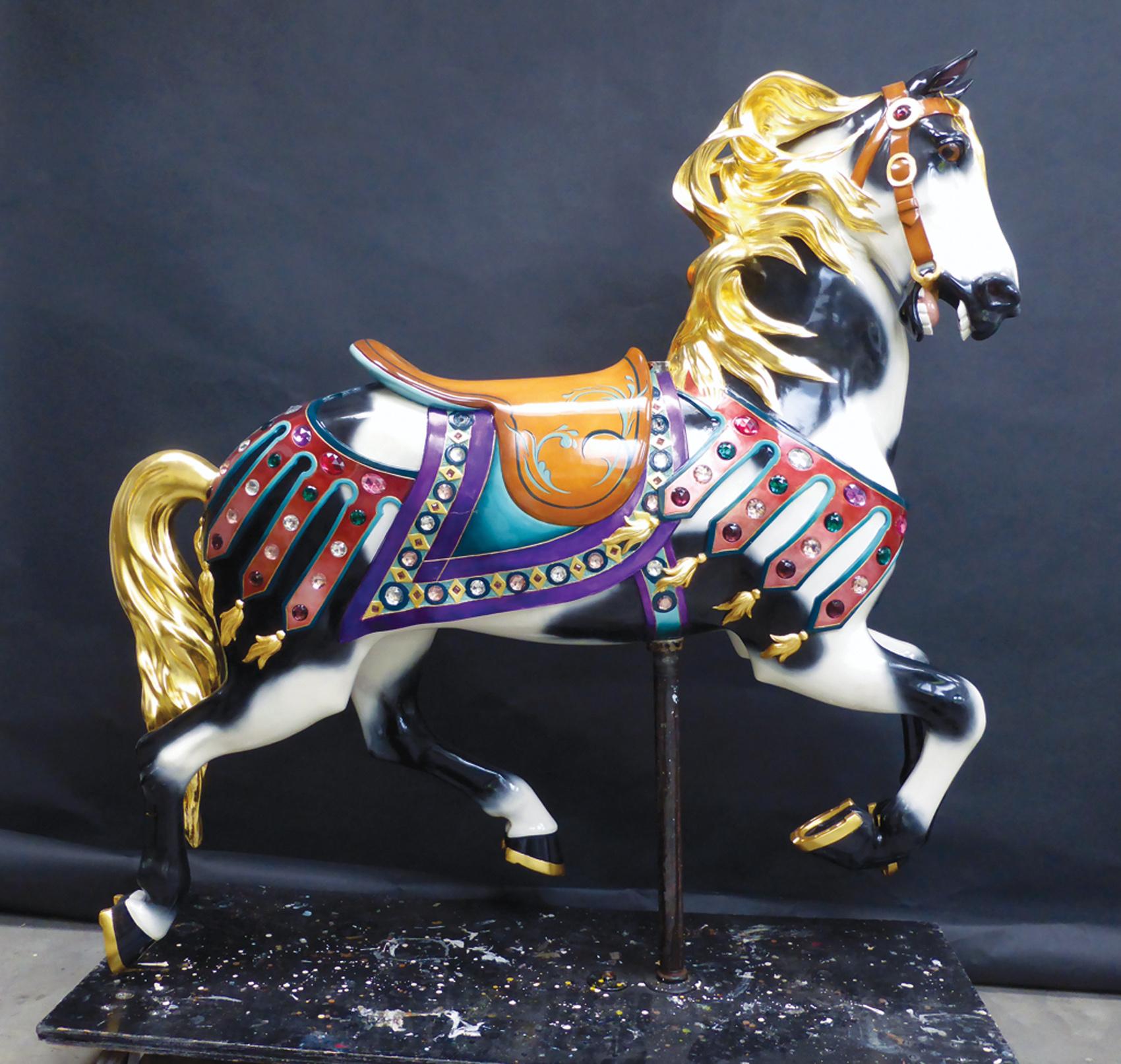 1927-Illions-supreme-carousel-horses-restored-lise-liepman-artist