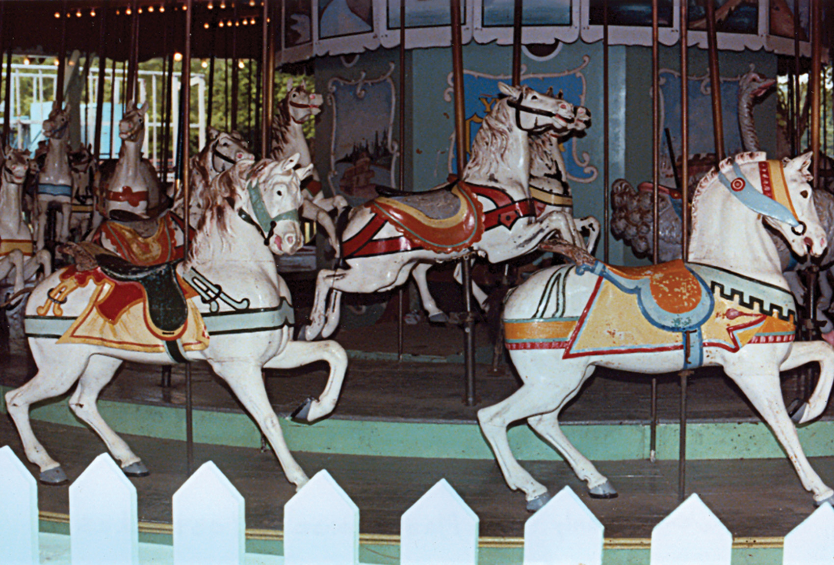 Beech-Bend-park-Dentzel-menagerie-carousel-2-Farnsworth-photo