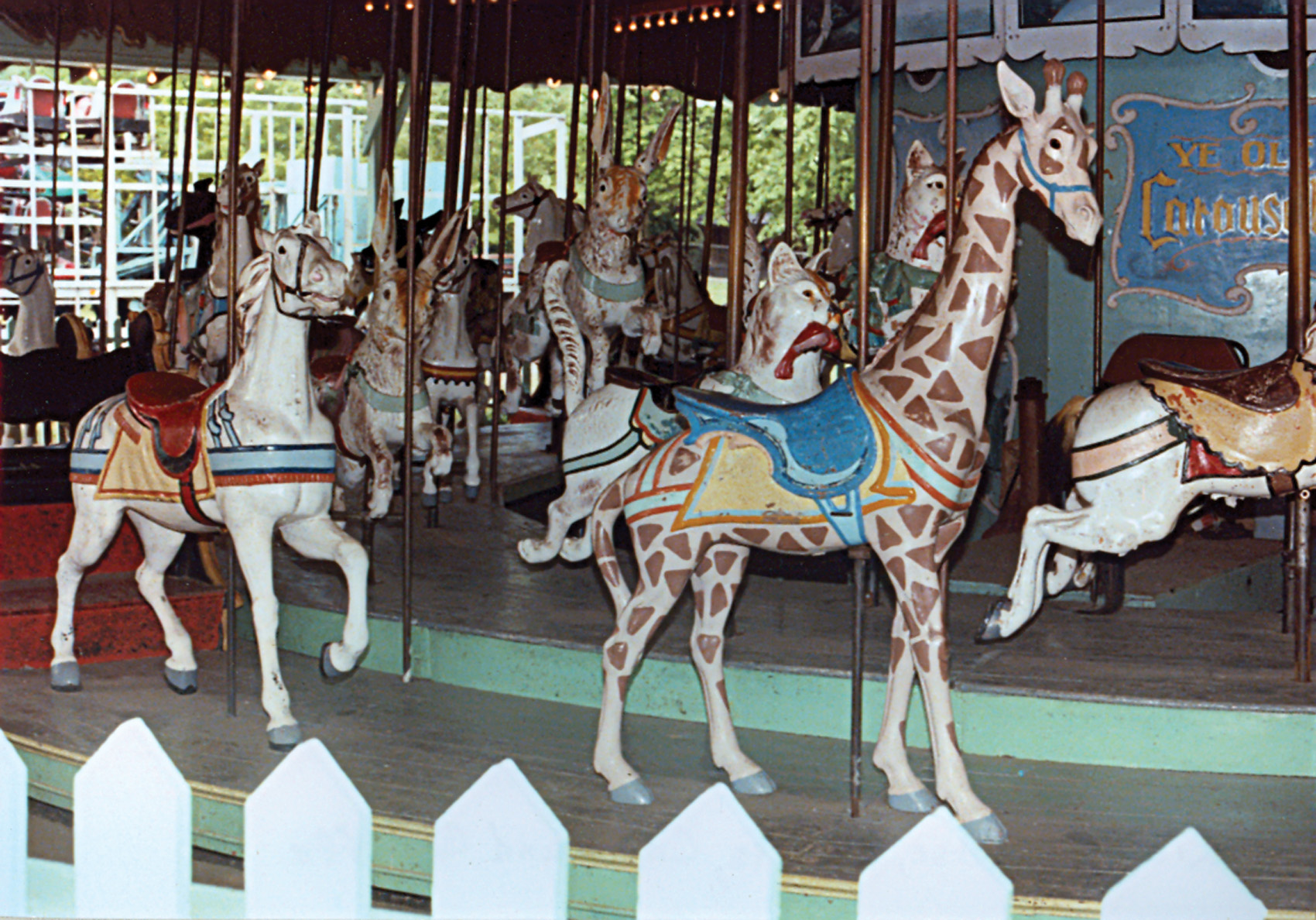 Beech-Bend-park-Dentzel-menagerie-carousel-4-Farnsworth-photo