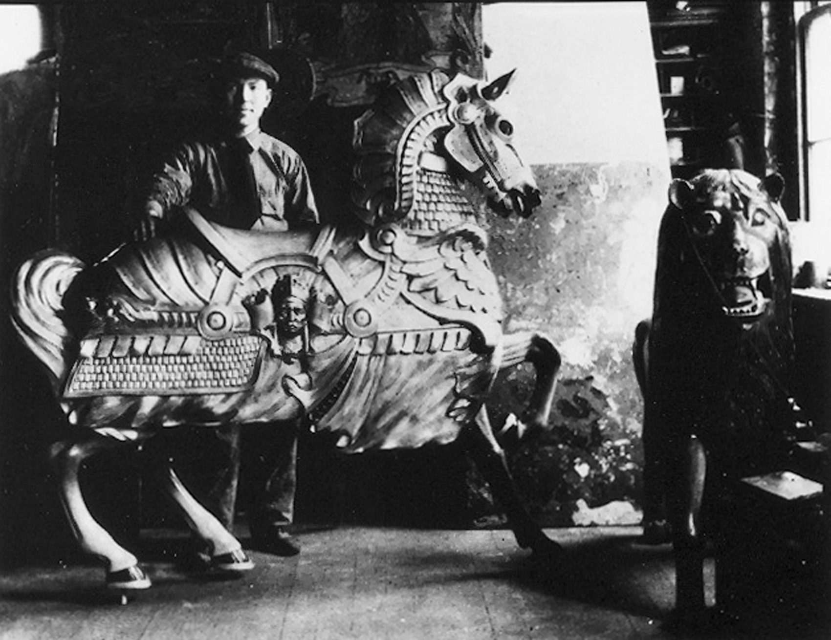 Ca-1920s-Wm-Dentzel-armored-carousel-horse