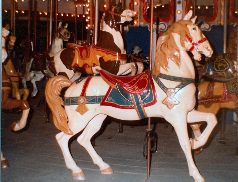 Historic-1900-1927-Dentzel-carousel-Audubon-New-Orleans-Carlsbad-NM-3