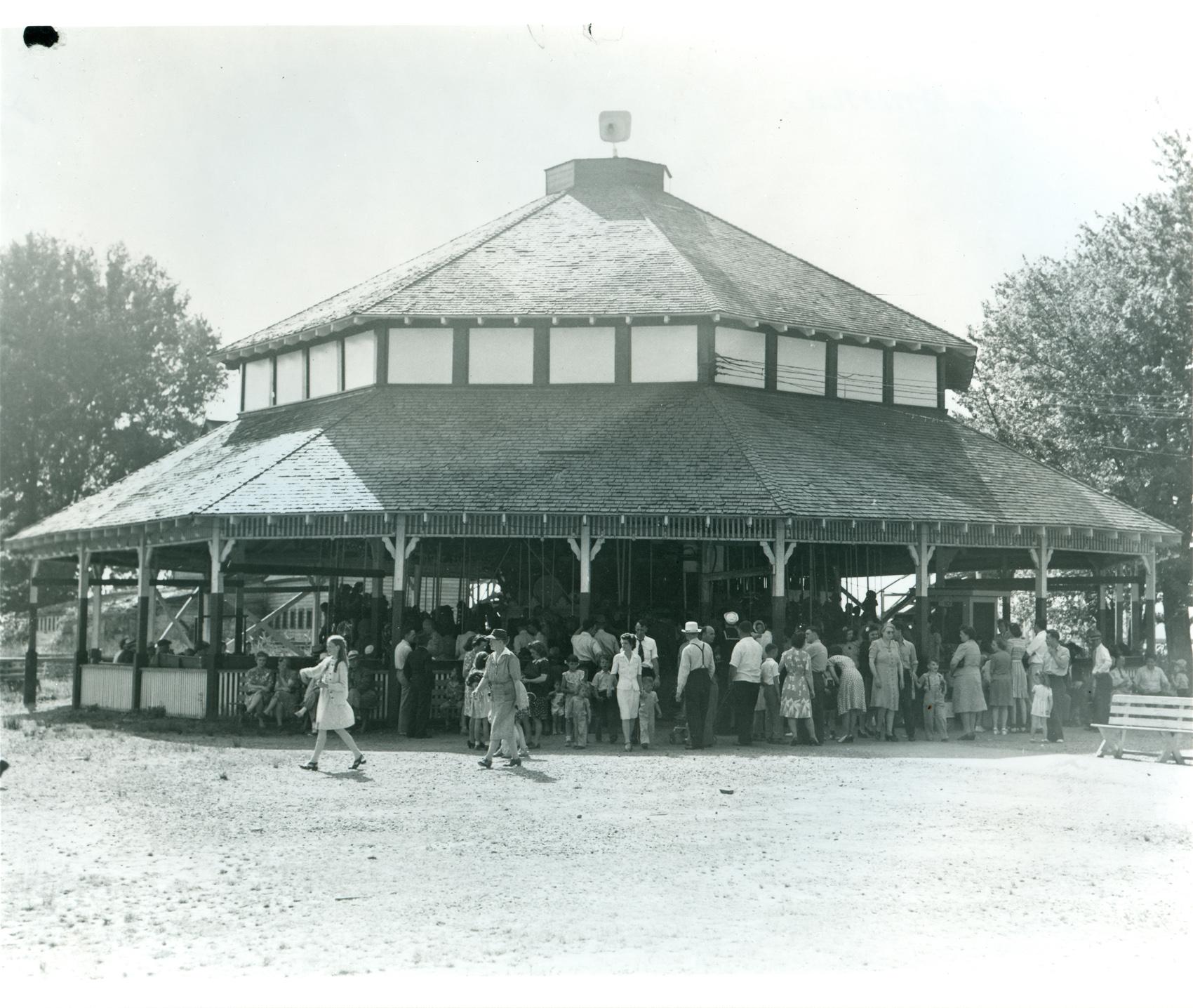 Illions-Supreme-Celeron-Park-NY-ca-1949