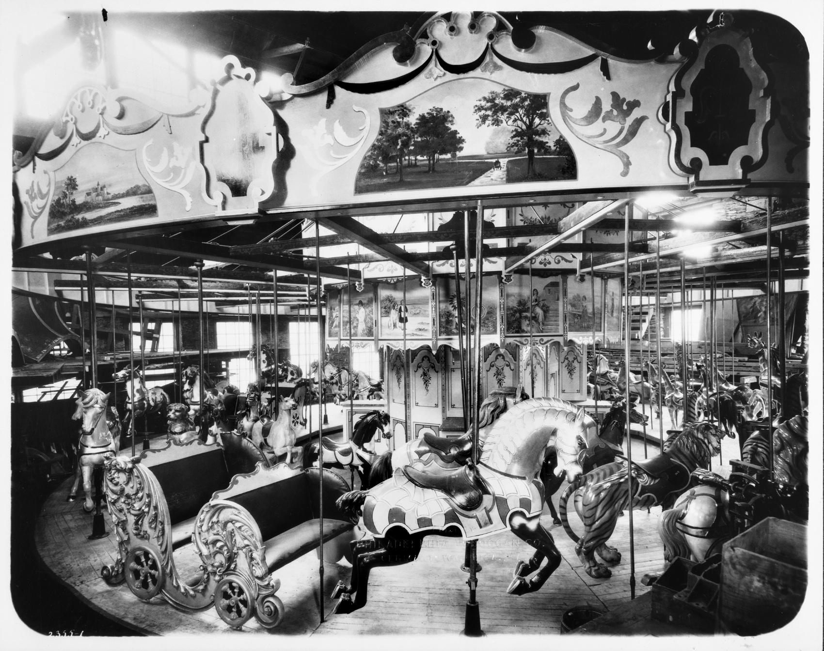 Philadelphia-Toboggan-Co-1905-PTC-No-9-carousel-Pine-Grove