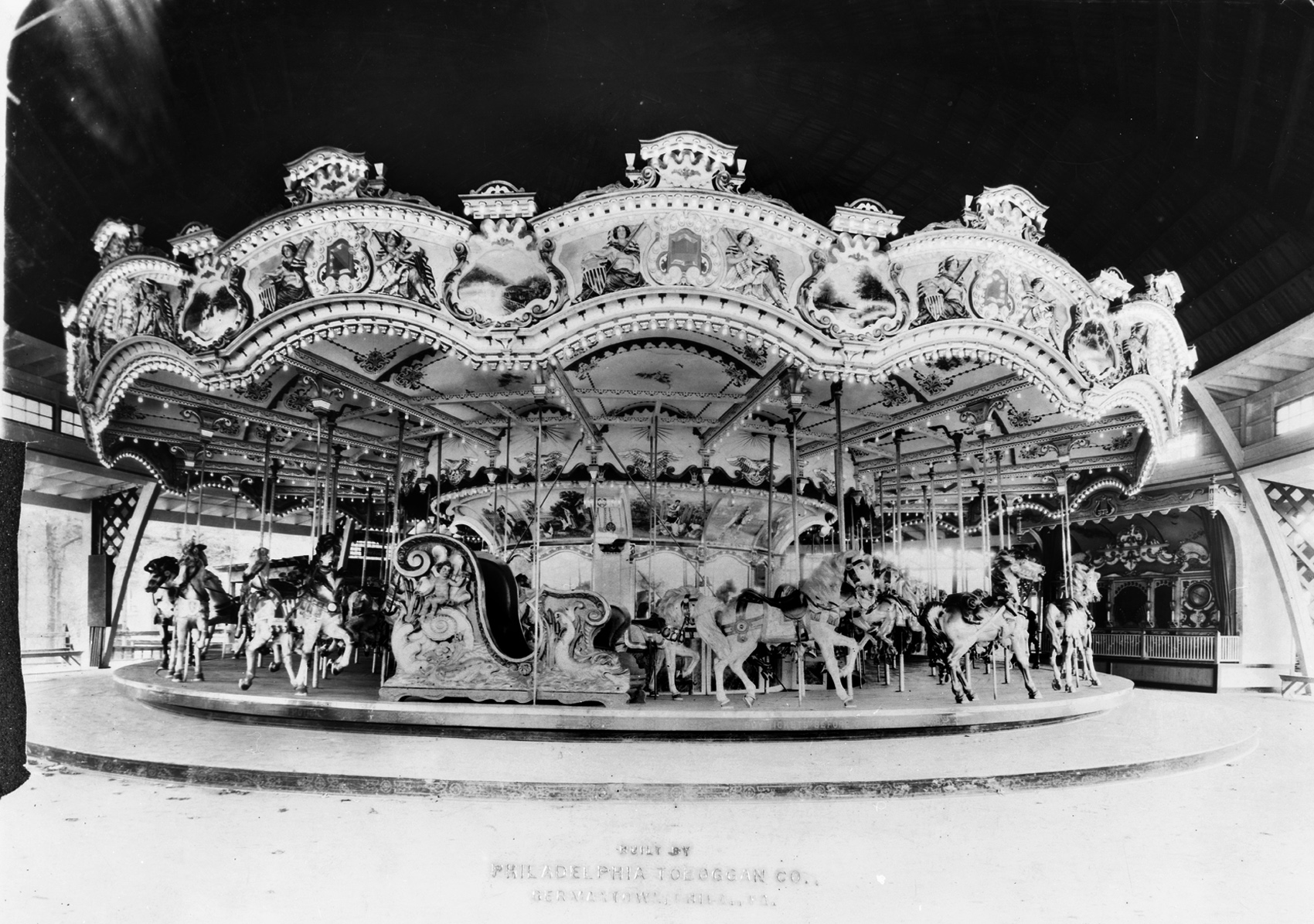 Philadelphia-Toboggan-Co-1919-PTC-No-47-carousel-Hersheypark