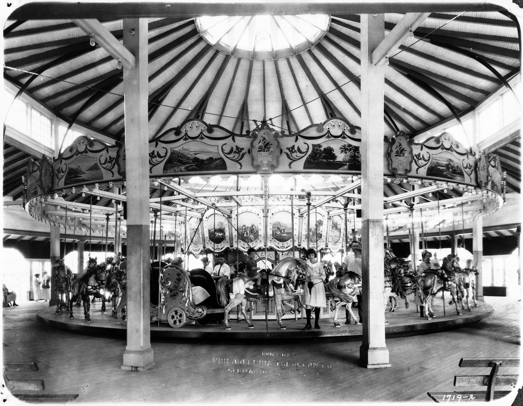 Philadelphia-Toboggan-Co-1922-PTC-No-63-carousel-Chain-of-Rocks-fire
