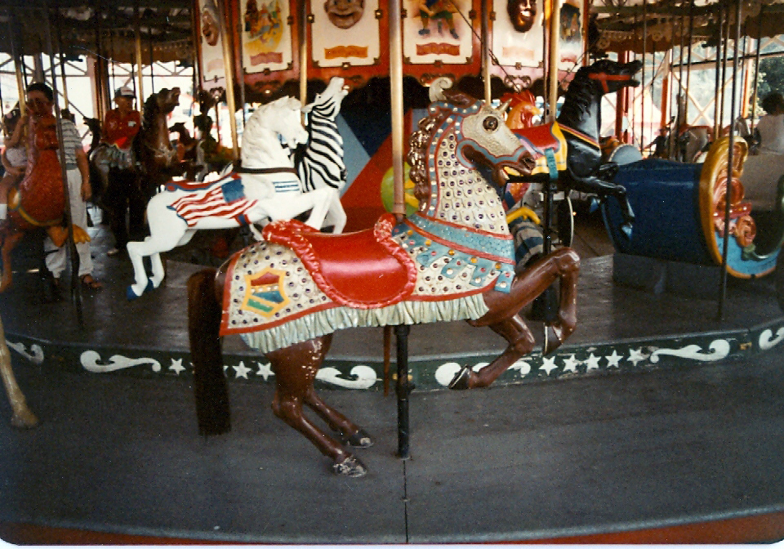 Rocky-Point-RI-ca-1910-Herschell-Spillman-carousel-armored-prancer