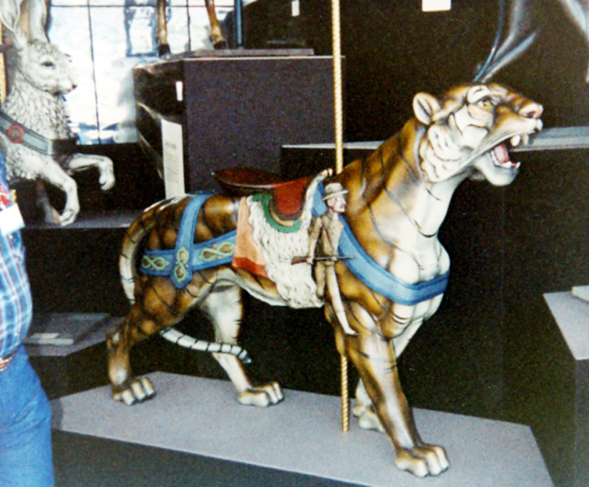 antique-carousel-teddy-roosevelt-tiger-american-carousel-museum-sf-1981