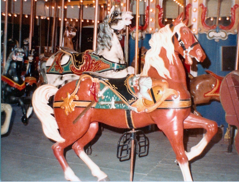 ca-1900-1927-Dentzel-carousel-Presidents-Park-NM-020