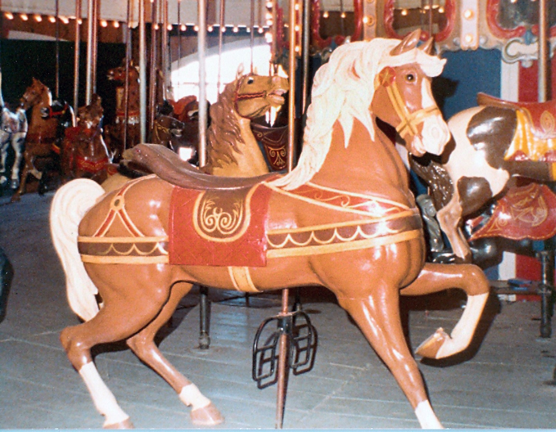 ca-1900-Dentzel-carousel-horse-Presidents-Park-NM-002