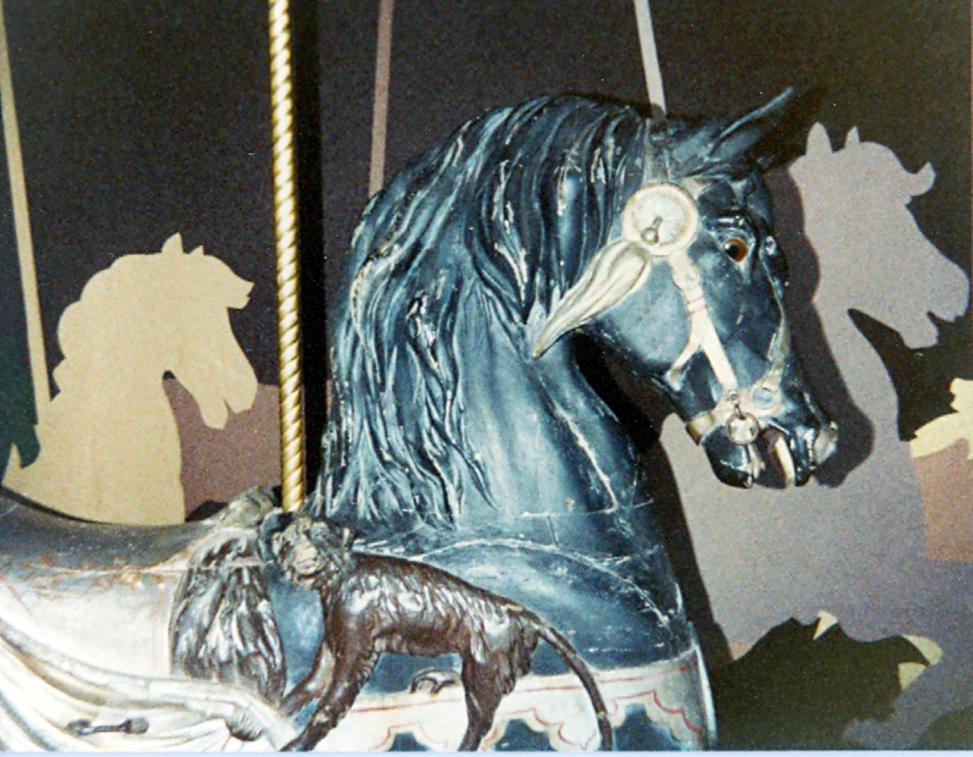 dentzel-stander-bust-american-carousel-museum-1981