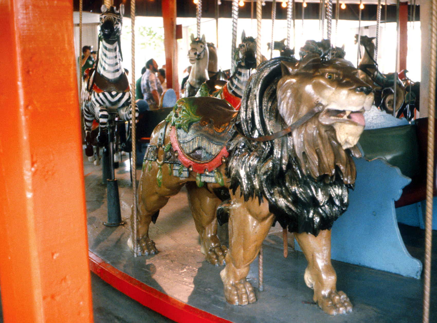 Quassy-Lake-1902-E-Joy-Morris-carousel-lion