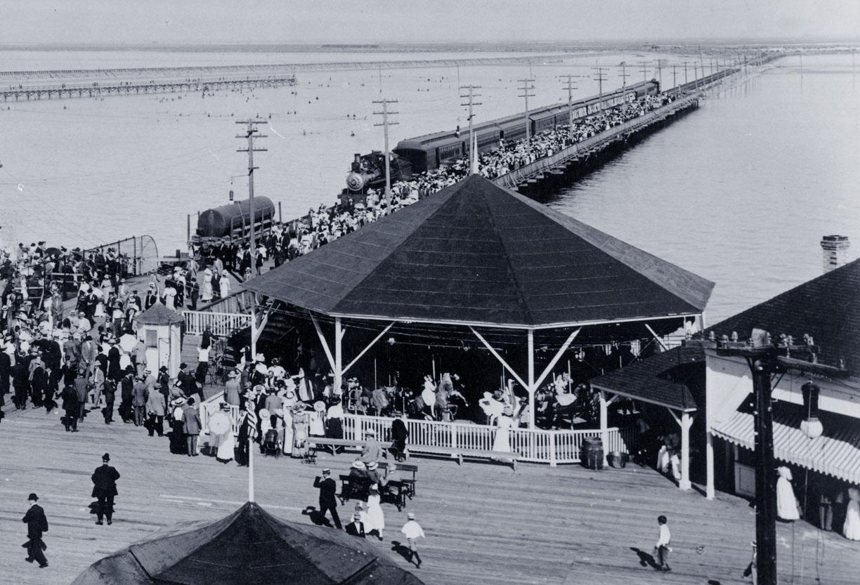 1910-Looff-carousel-train-Saltair-Park-Salt-Lake-UT