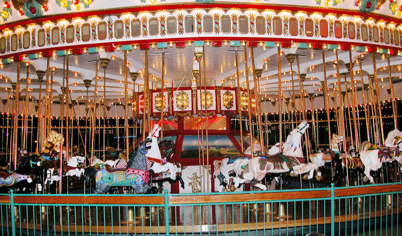 Jantzel-Beach-Historic-1921-Parker-carousel-798