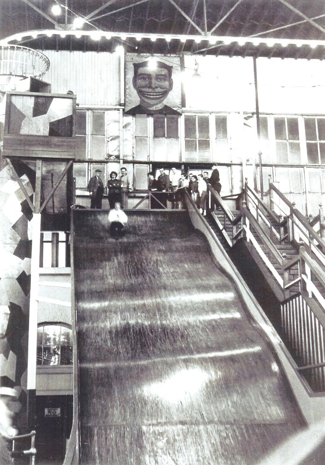 Panama-slide-Steeplechase-park-coney-island-ca-1930