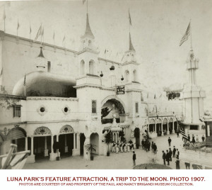 Trip-to-the-moon-luna-park-1907-Brigandi-photo