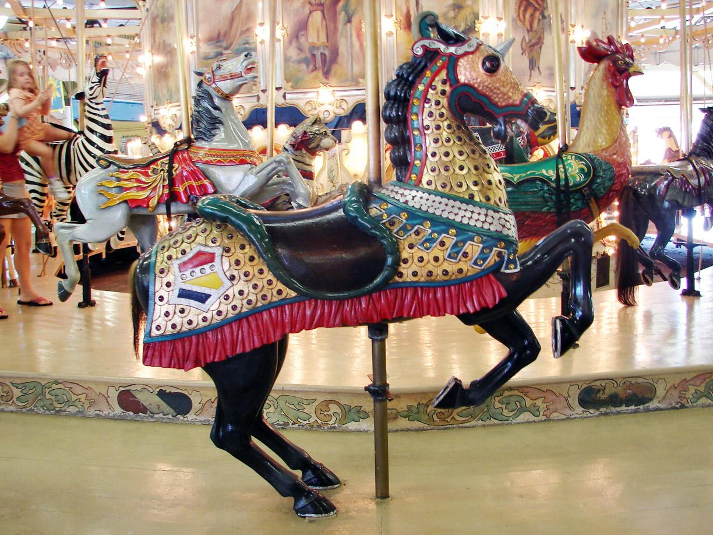1902-Herschell-Spillman-armored-horse-Trimpers-carousel