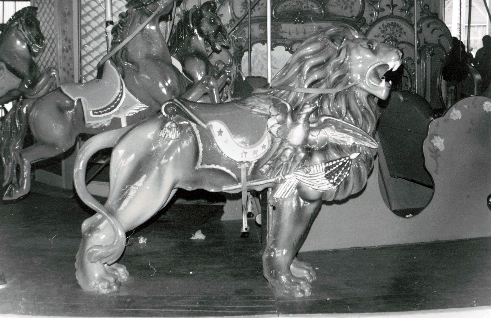 1907-PTC-14-carousel-lion--Moosic-Ghost-Town-BWC