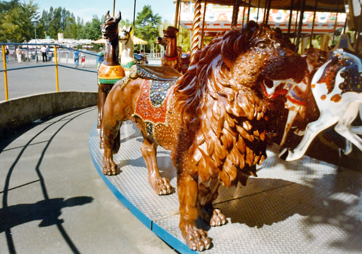 Looff-Borrelli-jeweled-carousel-lion-Fun-Forest-Seattle-WA