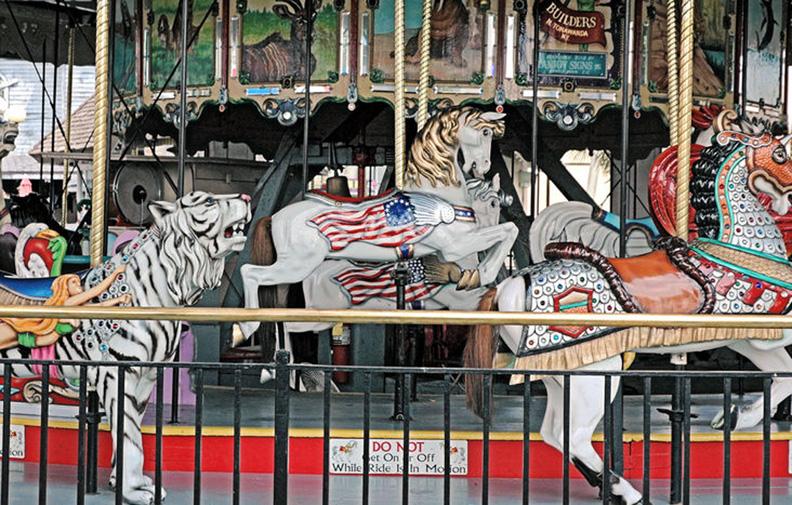 Myrtle-Beach-Pavilion-1912-Herschell-Spillman-carousel