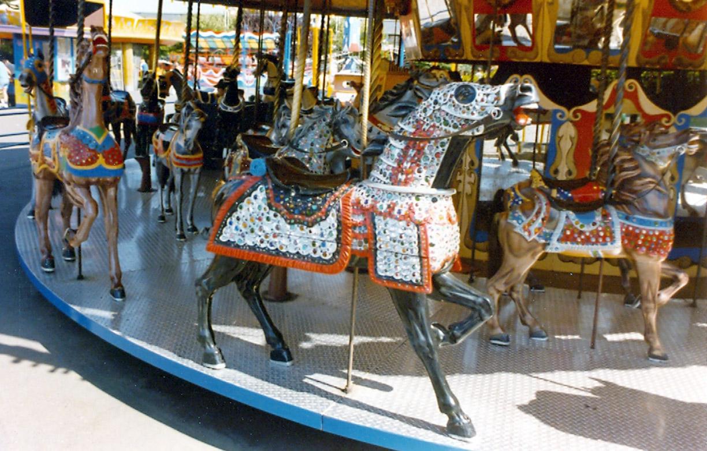 ca-1915-Carmel-Borelli-armored-carousel-horse-Fun-Forest-WA
