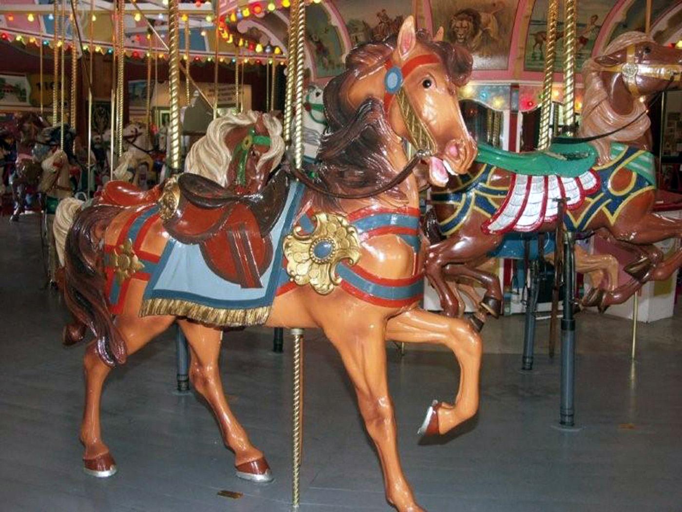 1927-PTC-80-carousel-horse-Holyoke-mgr-j-horwitz-photo