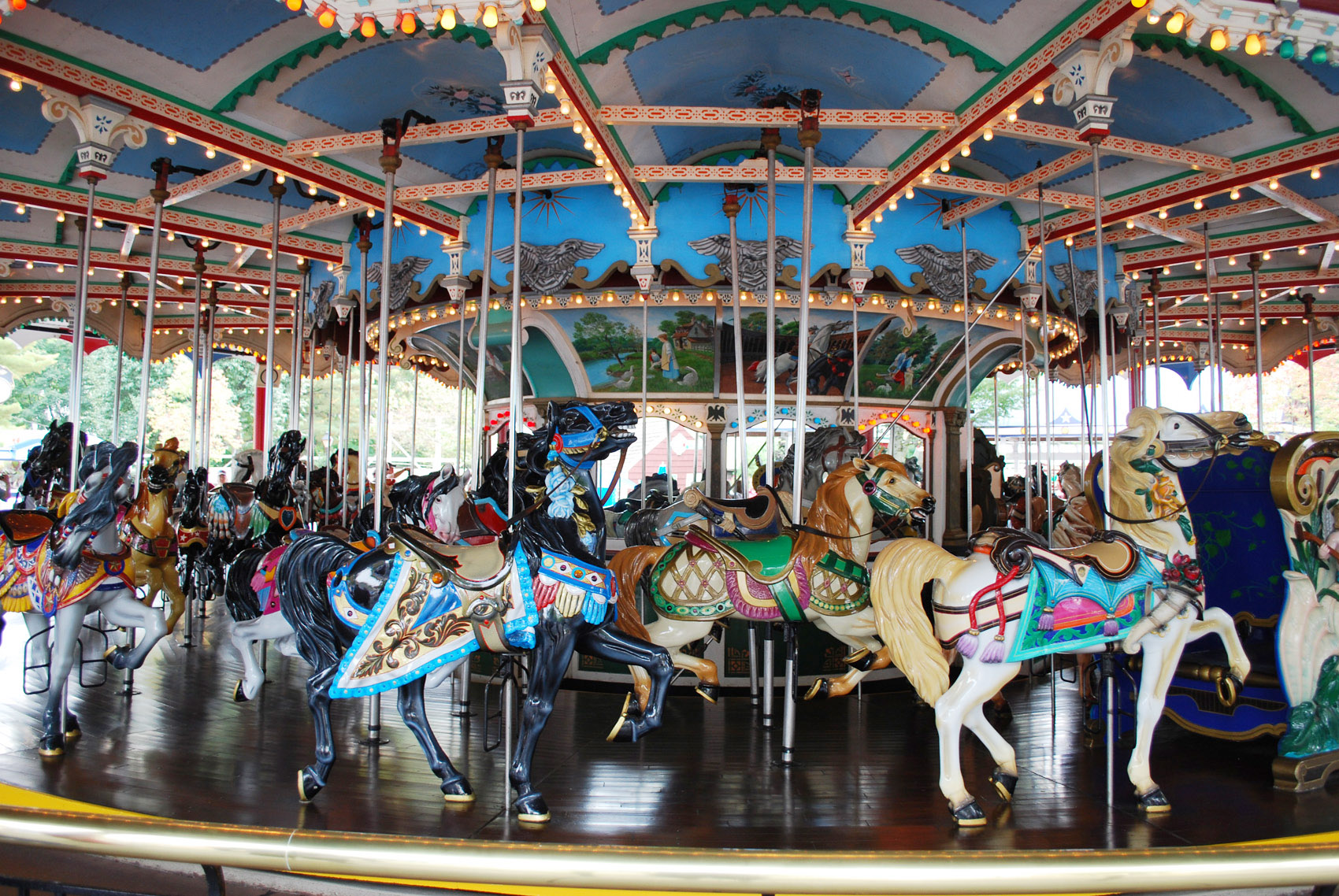 Historic-Hersheypark-1919-PTC-No-47-carousel-wide