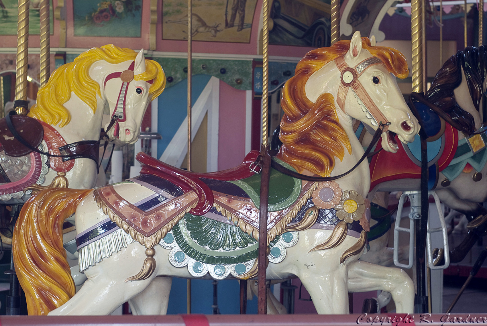 PTC-80-Holyoke-carousel-horse-Richard-Gardner-photo