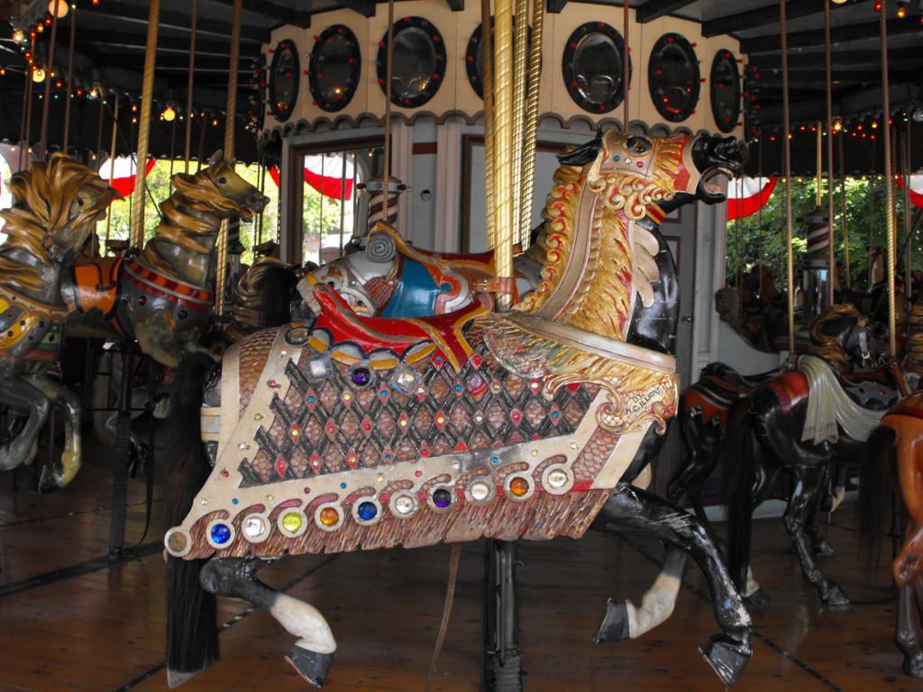 1909-M-C-Illions-armored-signature-carosel-horse-Agawam-MA-